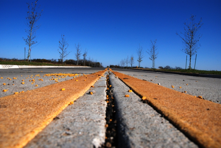 converging road